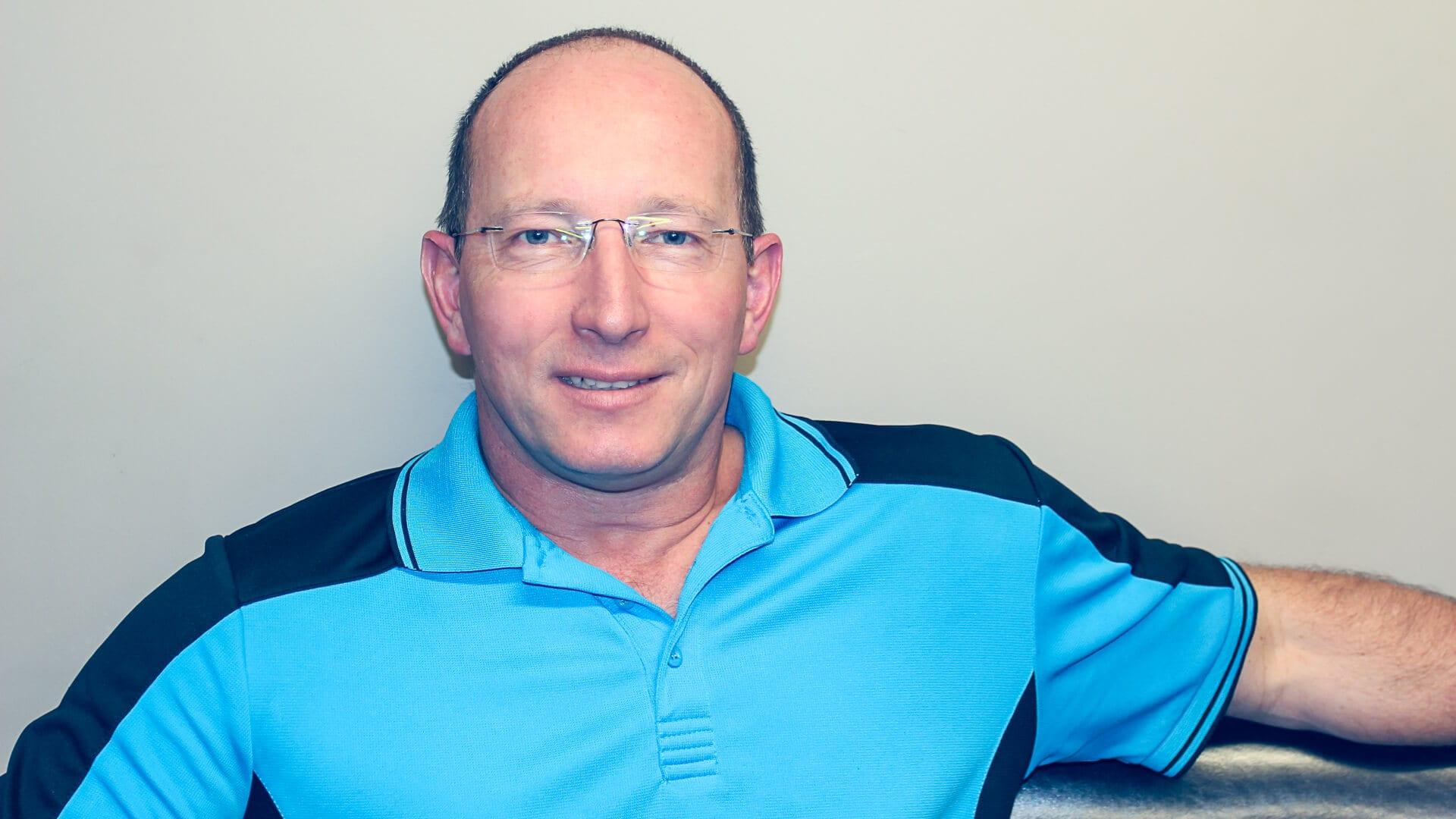 Dr Anthony Peers